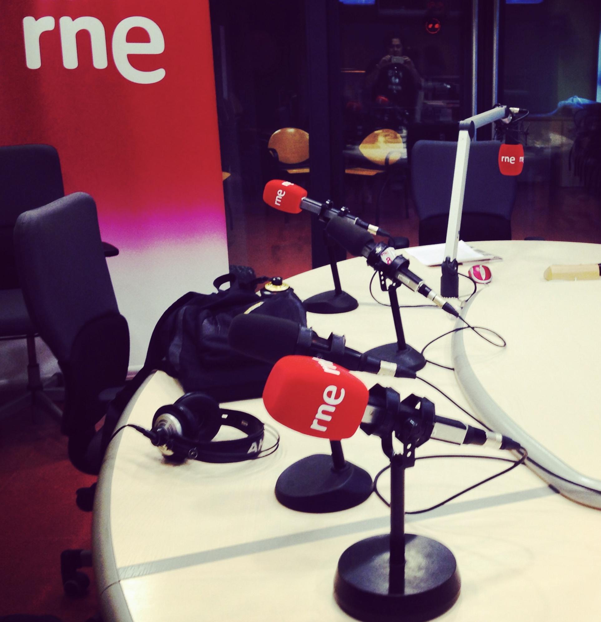 RNE_radio_chic_en_la_playa